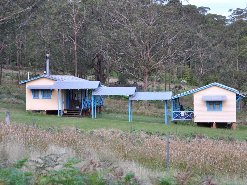Callicoma Hill Eco-Cabins