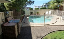 Mollymook Surfbeach Motel And Apartments - Mollymook - Accommodation ACT